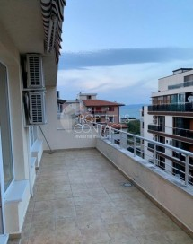For sale one-bedroom apartment on the first line of the sea in the city of Pomorie, Bulgaria