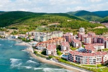 Large apartment for sale in Bulgaria in the complex Privilege Fort Beach, Elenite