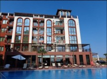 Three-level multi-room apartment with panoramic sea views in the complex Chateau del Marina, Nessebar, Bulgaria