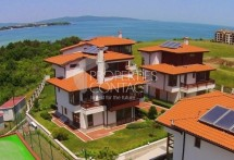 Three-bedroom house for sale with sea view in Lozenetz,Bulgaria