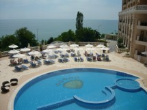 Sale luxury multi-room apartment with frontal sea view in the complex Kabakum Beach Residence, Golden Sands, Bulgaria