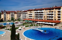 We offer for sale furnished one bedroom apartment in the complex Royal Sun in Sunny Beach, Bulgaria